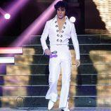 Adrián Rodríguez es Elvis Presley en 'Tu cara me suena'