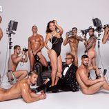 Ivonne Reyes, en body, con chicos desnudos