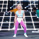 Vicky Larraz es Olivia Newton John en 'Tu cara me suena'