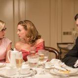 Rita, Mateo y Clara cenan en 'Velvet'