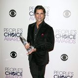John Stamos, premiado en los People Choice Awards 2016