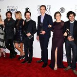 El elenco de 'The Big Bang Theory' posa en los People Choice Awards 2016