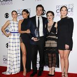 Los actores de 'Pretty Little Liars' recogen su People Choice Awards 2016