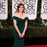 Rachel Bloom en el alfombra roja de los Globos de Oro