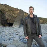 Tom Hiddleston en la serie 'El infiltrado'