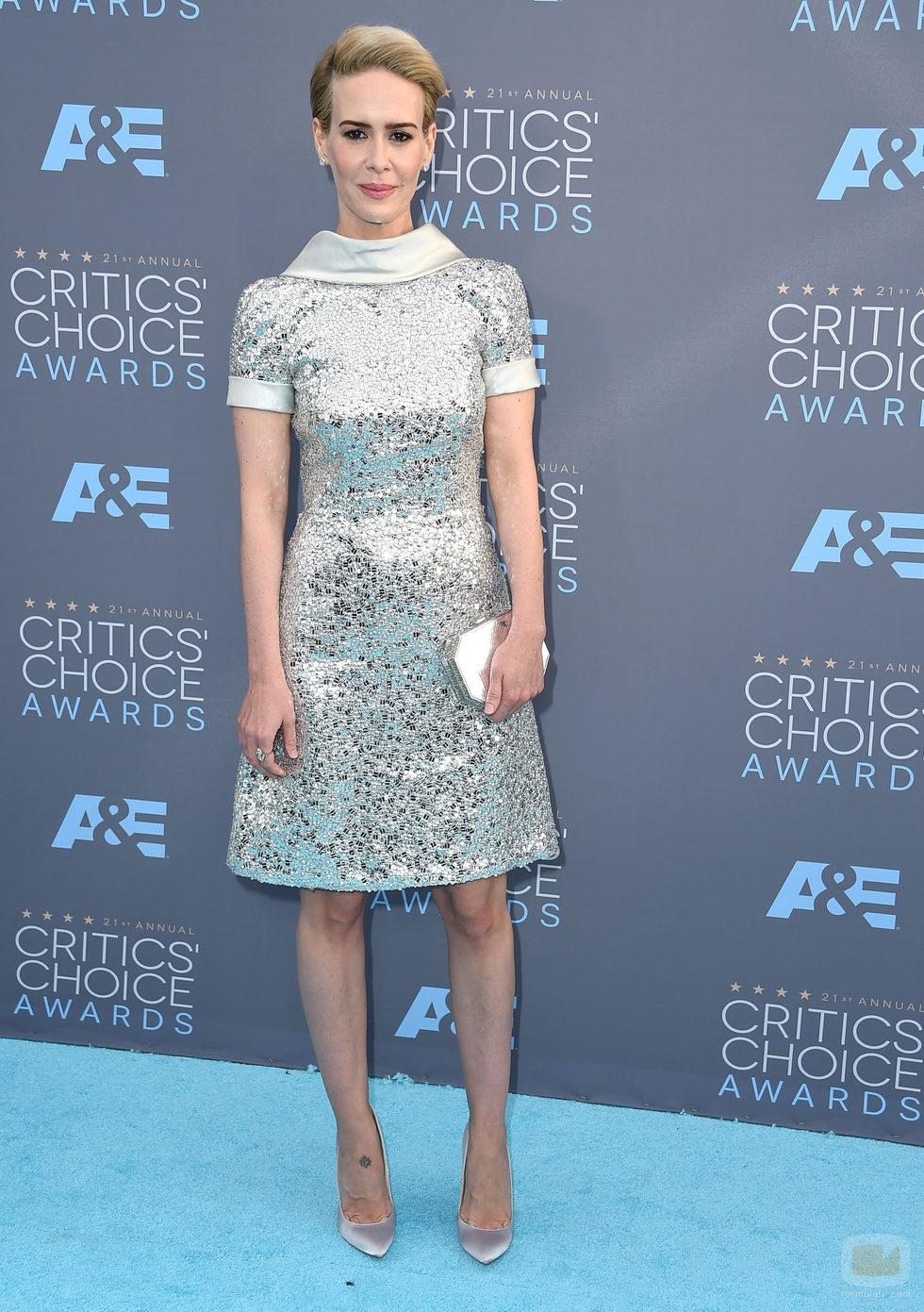 Sarah Paulson en la alfombra de los Critics' Choice Awards