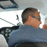 Javier Sardá pilota una avioneta en 'Dutifrí'