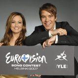Jaana Pelkonen y Mikko Leppilampi presentan Eurovision 2007