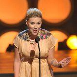 Scarlett Johansson presenta los en los 'TCA 2008'