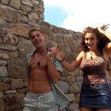 Elettra y Abraham se cogen de la mano en 'MTV Super Shore' (1x01)