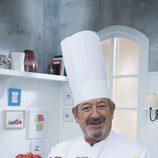 Primer plano del cocinero Karlos Arguiñano