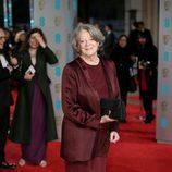 Maggie Smith en la alfombra roja de los BAFTA Awards 2016