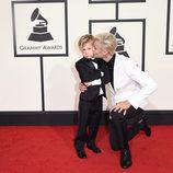 Justin Bieber llega acompañado de su hermano pequeño a los Premios Grammy 2016
