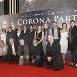 El equipo de la película 'La Corona Partida' en su preestreno