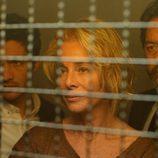 Belén Rueda, Chino Darin y Abel Folk en 'La embajada', la nueva serie de Antena 3