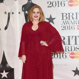 La cantante Adele en los Brit Awards 2016