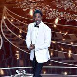 Chris Rock en el arranque de la gala de los Premios Oscar 2016
