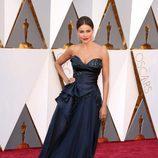 Sofía Vergara en la alfombra de los Premios Oscar 2016