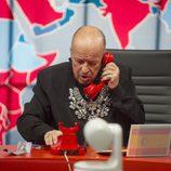 Rappel marcando un teléfono rojo en la gala 10 de  'Gran Hermano VIP'