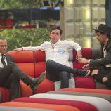 Carlos Lozano, Francisco Nicolás y Alejandro Nieto en el salón de la casa de  'Gran Hermano VIP'