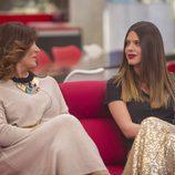 Raquel Bollo y Laura Matamoros sonrientes en la gala 10 de 'Gran Hermano VIP'