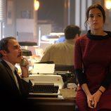 Jesús Expósito y Clara López-Dóriga trabajando juntos en 'El Caso'