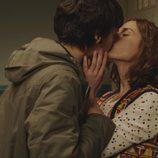 Carol y Adela se besan en 'Buscando el Norte'