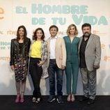 El elenco de 'El hombre de tu vida' posa en el Festval de Albacete