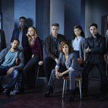 Imagen promocional del elenco de 'Shades of Blue'
