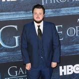 John Bradley en la premiere de la sexta temporada de 'Game of Thrones'