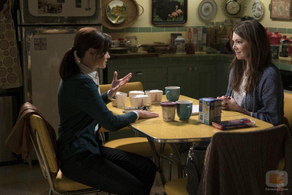 Rory y Lorelai cenan juntas en el regreso de 'Las chicas Gilmore'