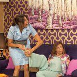 La Chusa da un masaje a Maite en 'La que se avecina'