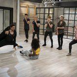 Axe y Sonia bailar con la canción de Auryn en la academia de 'Top Dance'