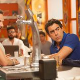 Fermín, Amador y Vicente en el bar 'Max and Henry'