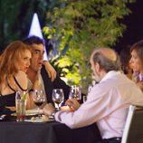 Dos exmatrimonios comparten cena