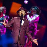"""Serhat canta """"I Didn't Know"""" durante la primera semifinal de Eurovisión 2016"""
