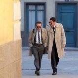 Expósito y Camacho hablan mientras caminan