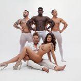 Lola Ortiz ('MYHYV') muestra sus pechos rodeada de cuatro hombres