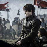 """Ramsay Bolton  preparado para """"La batalla de los bastardos"""" en 'Juego de Tronos'"""