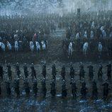 """Plano general de los bandos de """"La Batalla de los Bastardos"""" en 'Juego de Tronos'"""