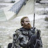"""Tormund Giantsbane se dirige a """"La Batalla de los Bastardos"""" de 'Juego de Tronos'"""