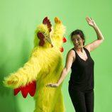 """Silvia Abril baila con una gallina en el 'casting' de """"Sharknado 4"""""""