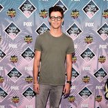 Grant Gustin en la gala de los Teen Choice Awards