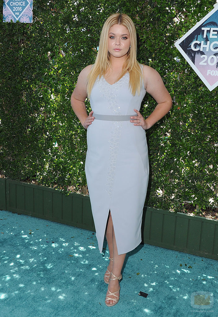 Sasha Pieterse en los Teen Choice Awards
