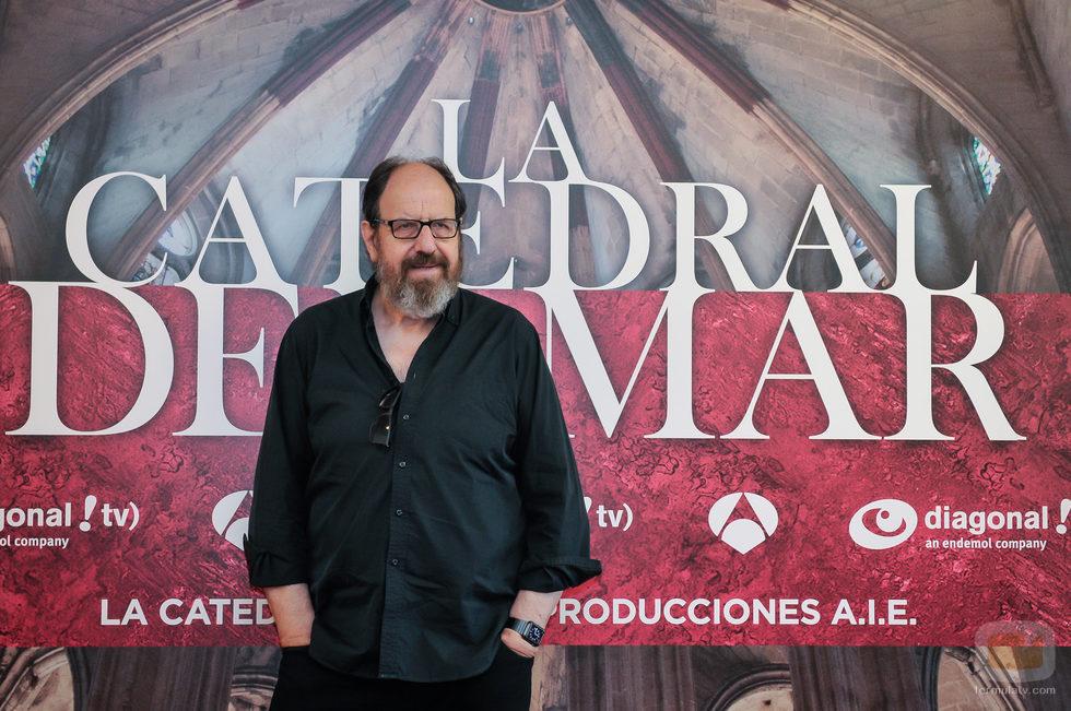 Josep Maria Pou en la presentación oficial de 'La catedral del mar'