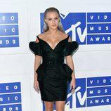 La cantante Zara Larsson en la gala de los VMA 2016 de la MTV