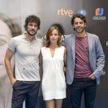 Daniel Grao, Marta Etura y Eduardo Noriega en la presentación de 'La sonata del silencio' en el FesTVal de Vitoria