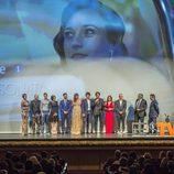 El equipo de 'La sonata del silencio' en su preestreno en el FesTVal de Vitoria