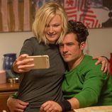 Malin Akerman y Orlando Bloom en 'Easy'