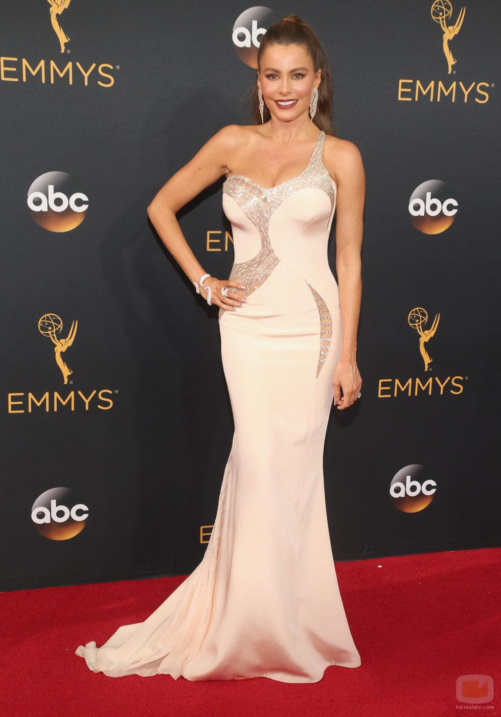 Sofia Vergara en la alfombra roja de los Premios Emmy 2016